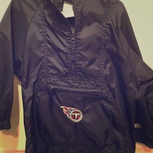 Tennessee Titans toddler rain jacket, size sm/(4)
